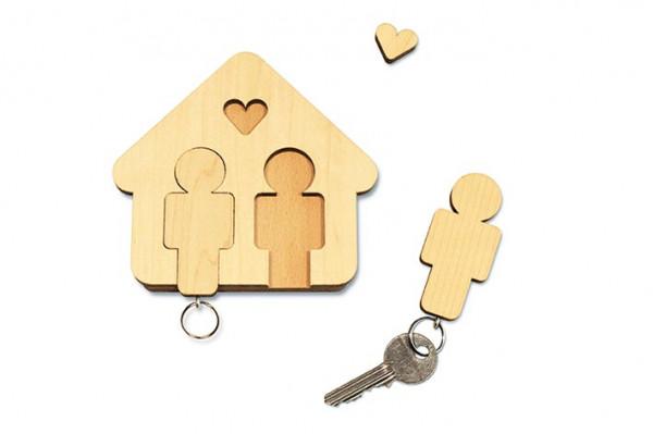 """Schlüsselbrett """"Home Sweet Home"""" aus Holz, Mann & Mann"""